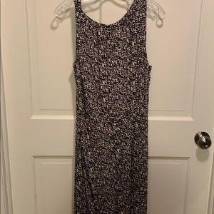 Ann Taylor dress, size 8, black & cream. So comfy!